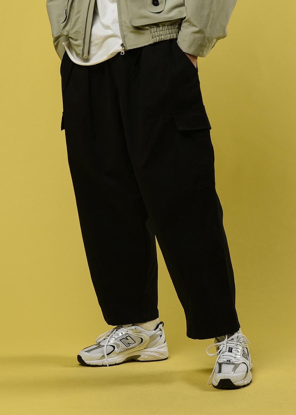 Cargo pocket ballon pants [black]