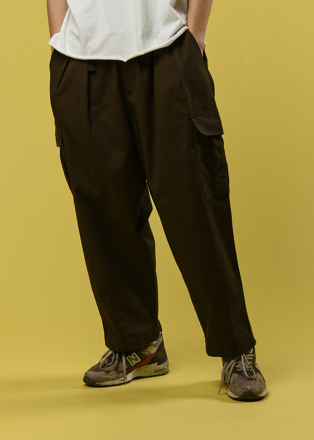 Cargo pocket ballon pants [dark brown]