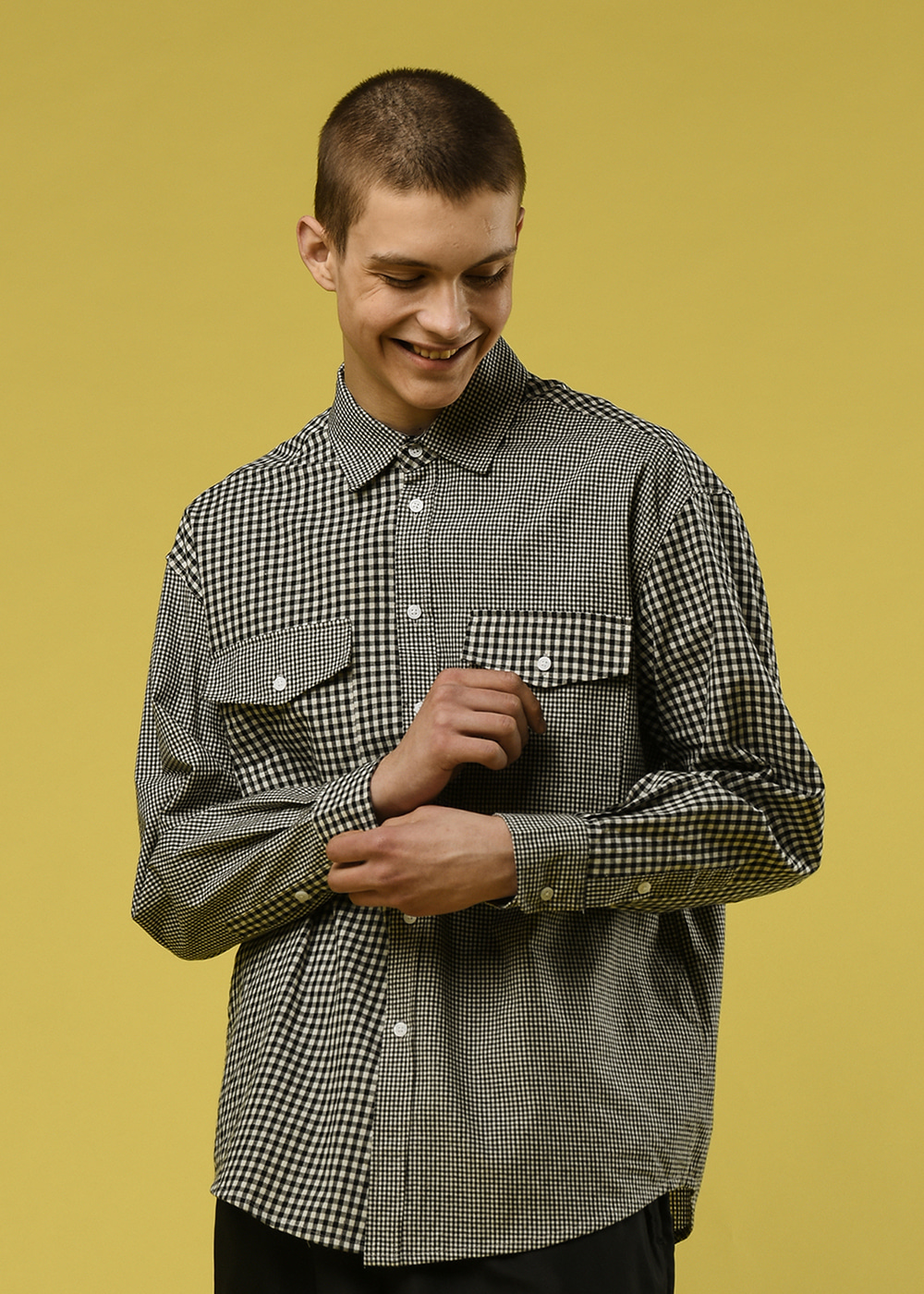 Gingham crazy shirt [black]