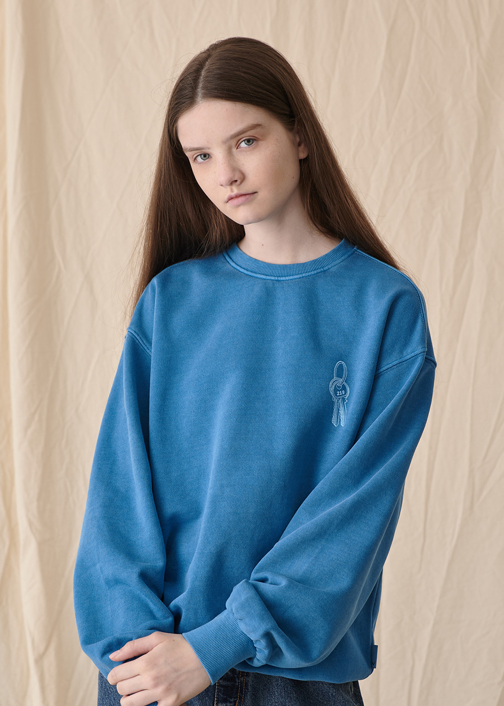 219 Key pigment sweat shirt [washed blue]